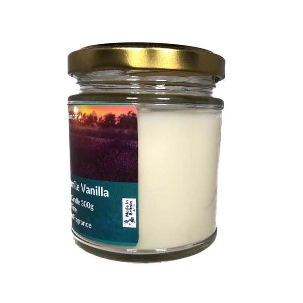 Lavender Chamomile Vanille Scented Candle From The Penseth Company1